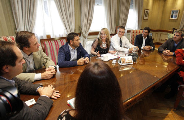 El encuentro tuvo lugar en la sede de la cartera social.