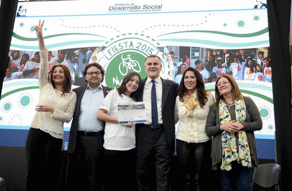 Durante la actividad se entregaron certificados a los ganadores de la 5ta convocatoria.