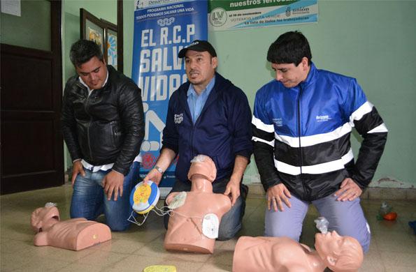 Trabajadores ferroviarios de Salta y Tucumán se capacitaron en reanimación cardiopulmonar.