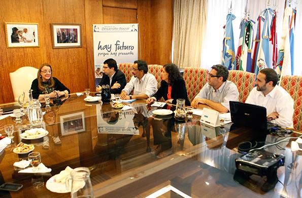 Durante la actividad se evaluó el impacto de las políticas que implementa el Gobierno nacional.