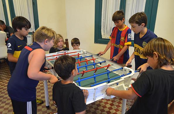 También habrá actividades más tranquilas para entretenerse como el metegol y el ping pong.