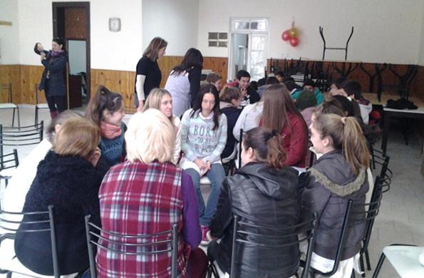 La iniciativa estuvo dirigida a reflexionar sobre la violencia hacia las mujeres y adultos mayores.