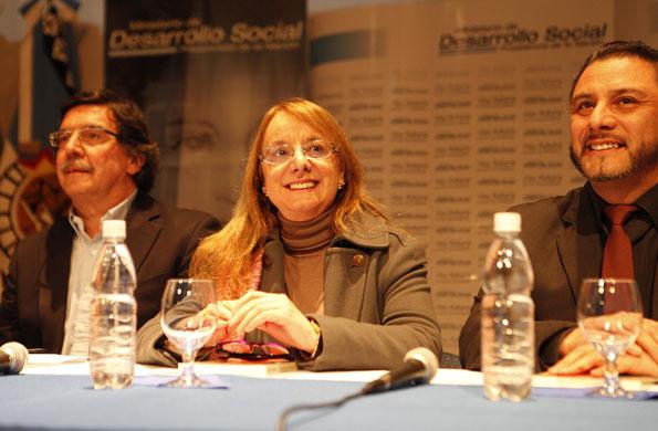 Alicia Kirchner destacó el rol del os jóvenes en la sociedad.