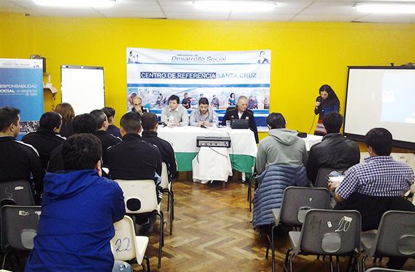 Estuvo dirigido a instructores, árbitros, directores técnicos, entrenadores, jugadores y periodistas
