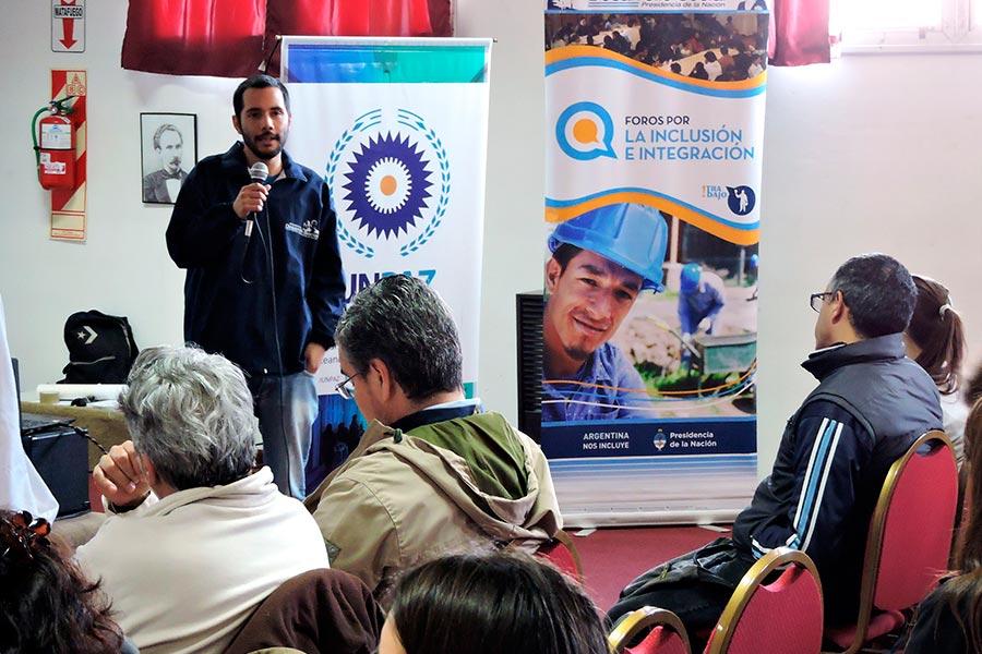 El seminario se realizó en la universidad de José C Paz