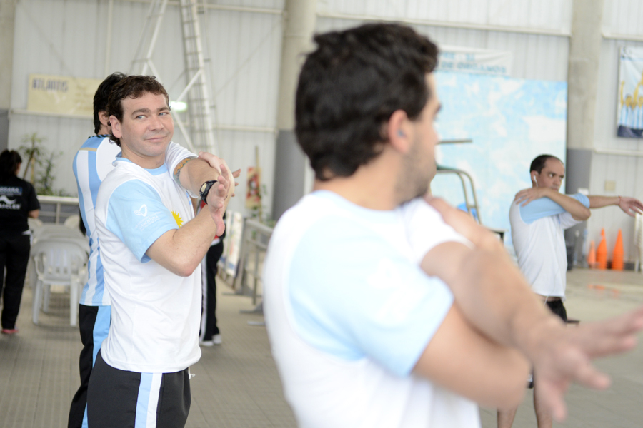 Hernán es periodista deportivo y ofrece charlas en universidades y colegios.