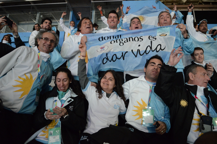 La delegación argentina festeja la llegada del Mundial.