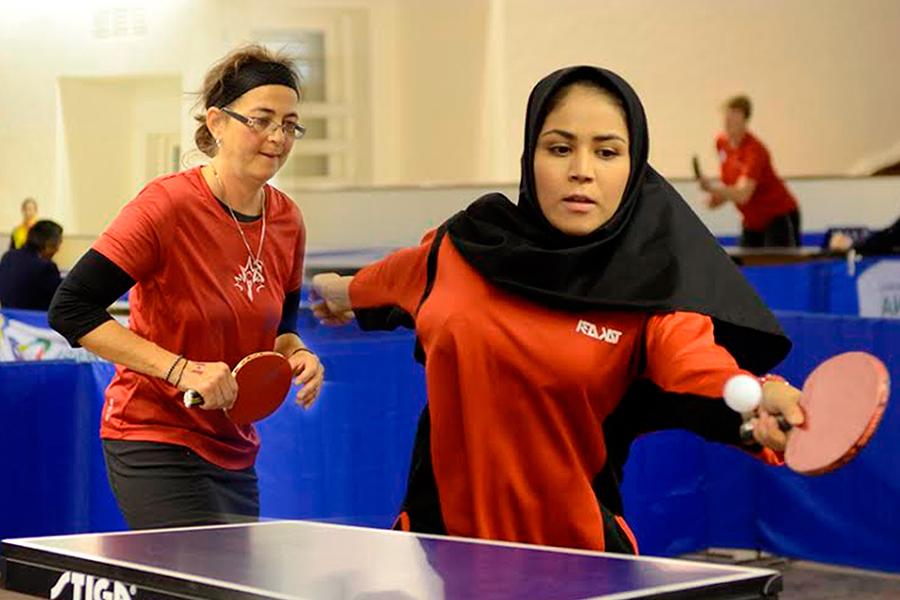 Una es iraní, la otra canadiense. Ambas participan de los Juegos Mundiales para Trasplantados 2015.