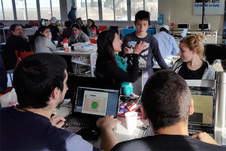 Participantes del segundo Hackathon en Córdoba