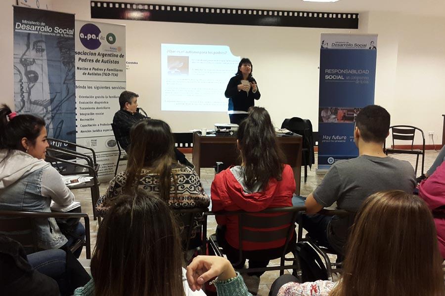 El evento tecnológico tuvo lugar el fin de semana pasado en la Universidad Tecnológica Nacional.