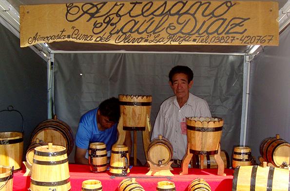 A través de las ferias, los emprendedores pueden comenrcializar sus productos periódicamente.