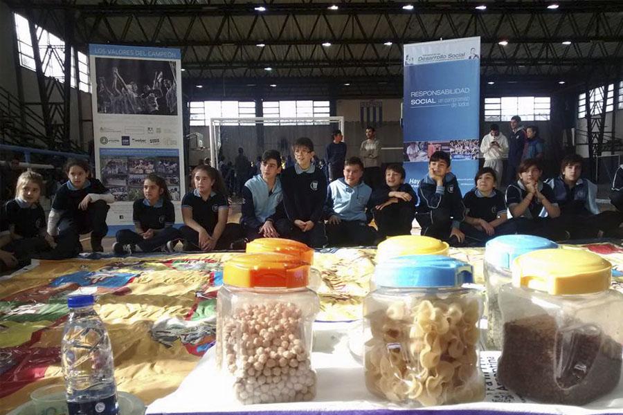 El objetivo es generar un espacio de educación no formal para que los jóvenes que incorporen los valores positivos del deporte.