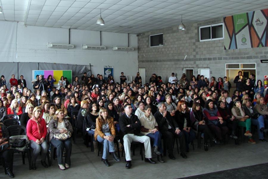 Se realizó el lanzamiento de la Escuela Popular de Formación en Género en Avellaneda.