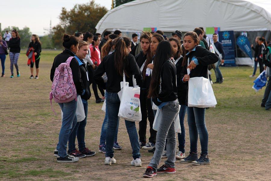 De la jornada participaron más de 2 mil jóvenes.