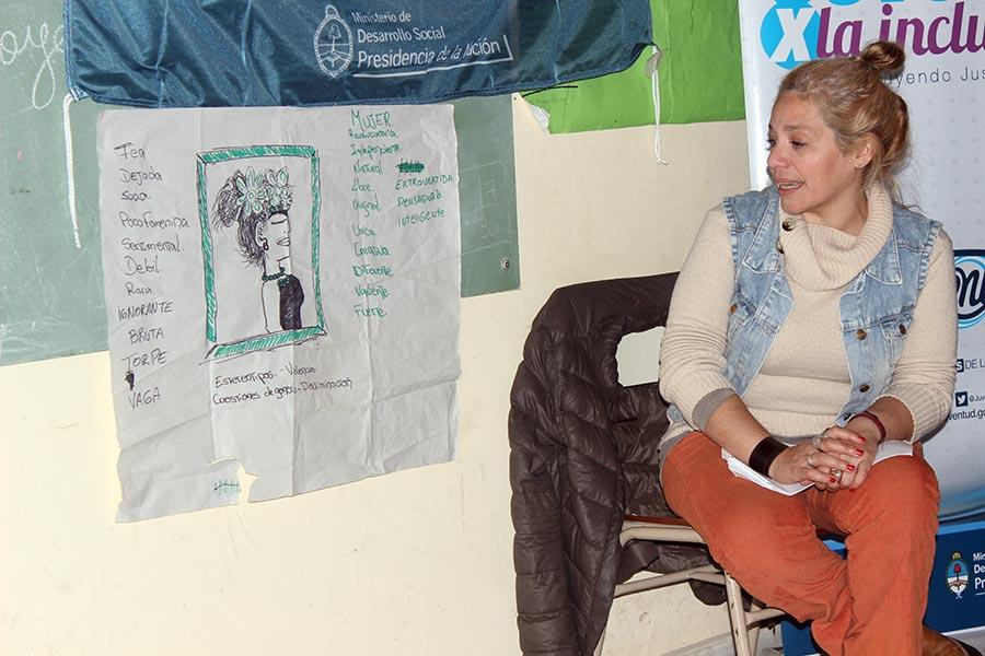 Participaron alumnos, quienes debatieron sobre  sexualidad, la discriminación, la desigualdad y los distintos tipos de violencia.