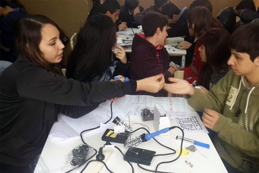 Fue el viernes pasado y participaron más de 200 estudiantes secundarios.