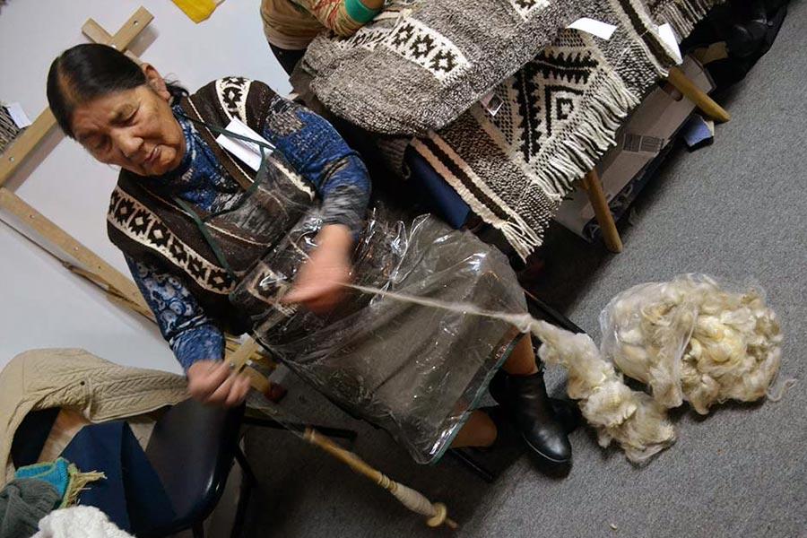 Participaron artesanos que mostraron sus saberes desde los distintos puntos de Argentina..