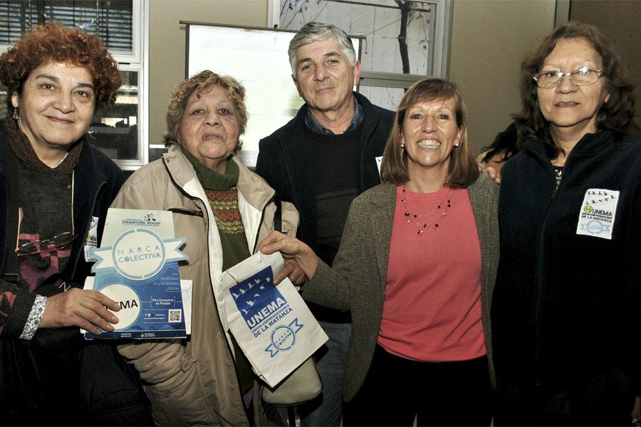Emprendedores de la Economía Social celebraron las 200 marcas otorgadas.