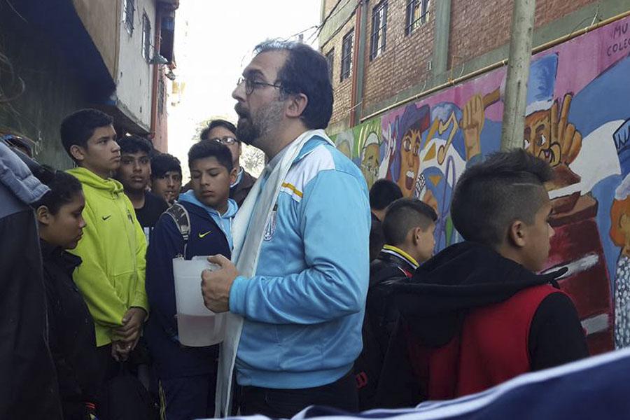 Los participantes reflexionaron sobre la historia del barrio, la lucha por una vivienda digna, la murga.