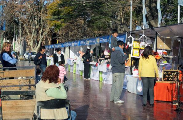 La feria de Maipú, en Mendoza, cuenta con 40 puestos de venta.