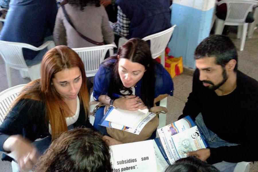 Jóvenes en el Foro por la inclusión y la integración