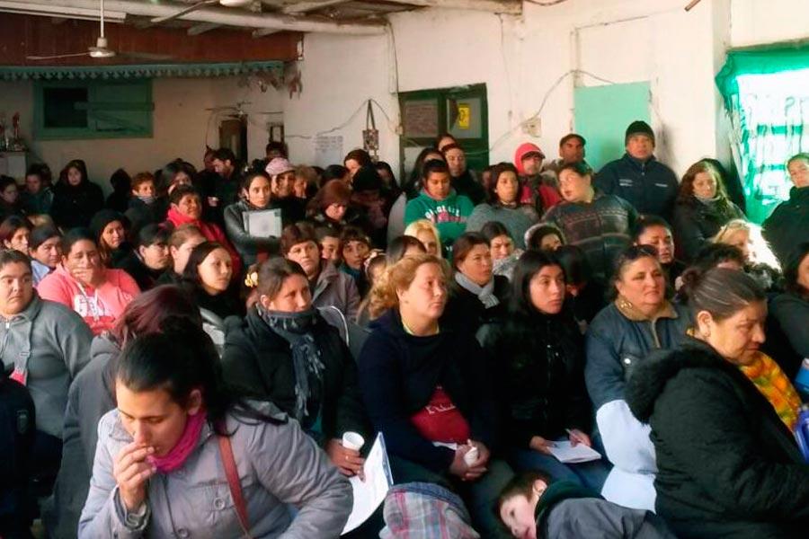 """El Foro tuvo lugar el viernes pasado en la sociedad de fomento """"Las Barrancas"""" en Quilmes."""