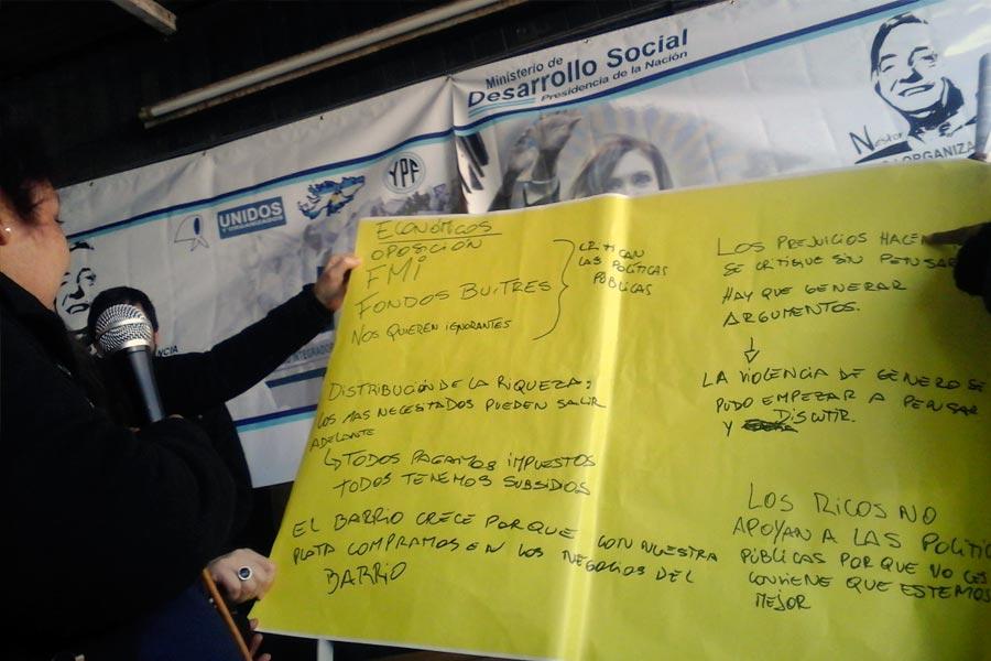 Los participantes reflexionaron y debatieron acerca de las políticas sociales de inclusión.
