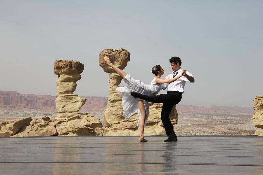 Foto de personas danzando