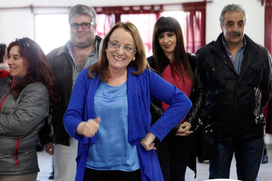 La ministra Alicia Kirchner visitó el Club Social y Deportivo Barrio Matadero, de la ciudad de Río Gallegos.