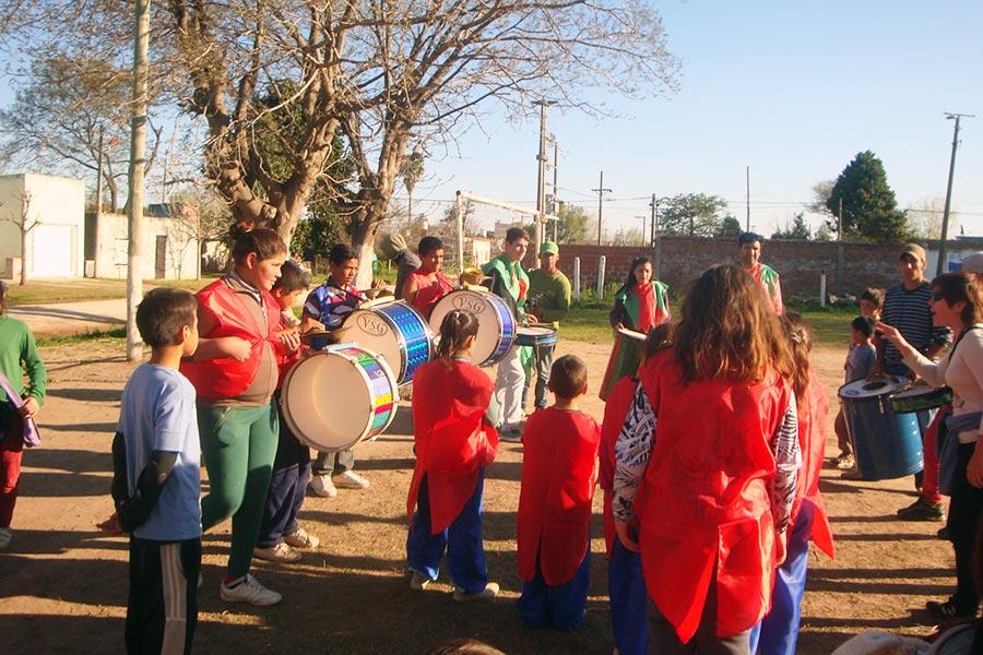 También se hicieron actividades deportivas y participó una murga barrial.