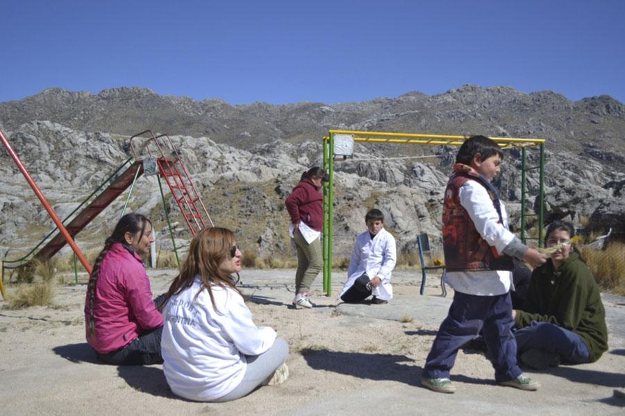 Nuestro Lugar promueve la participación de los adolescentes a través de proyectos dei ntervención comunitaria.