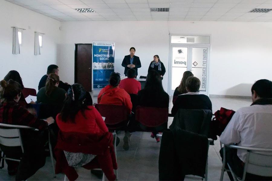 La capacitación tuvo lugar en el Centro Cívico de Las Grutas.