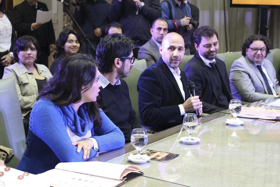 El convenio fue celebrado entre la SENAF y la  Asociación Civil Abuelas de Plaza de Mayo.