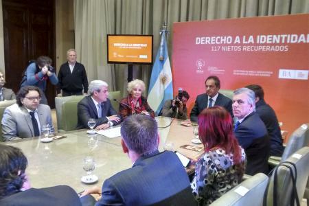 De la actividad participó el Gobernador Scioli.