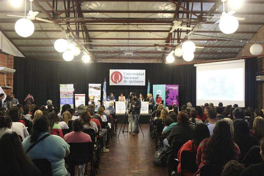 Más de 180 personas intercambiaron opiniones sobre políticas públicas, comunicación, territorio y economía social.