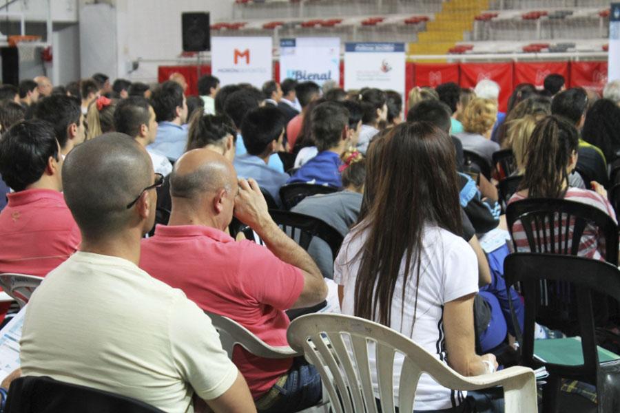 Más de 400 personas participaron de la actividad inaugural.