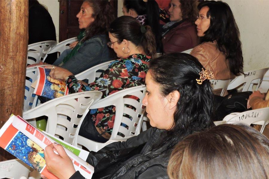 """Durante el taller se trató también el proyecto """"Formación de Promotoras de Derechos de la Mujer""""."""