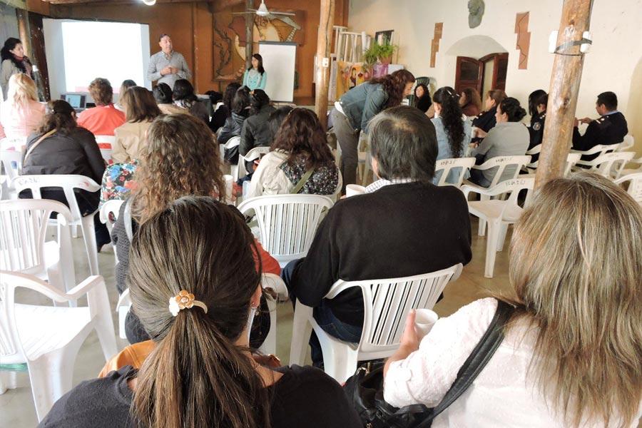 El objetivo del taller fue el de difundir y proteger los derechos de las mujeres y potenciar sus capacidades.