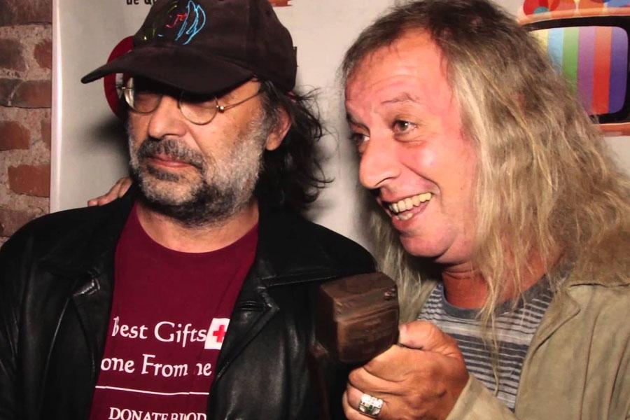 """Junto a Diego Capusotto realiza """"Peter Capusotto y susu videos""""."""