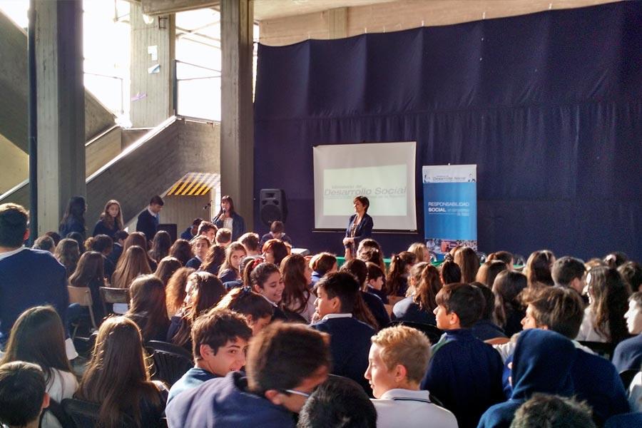Durante los talleres, se utilizaron dinámicas grupales, videos y espacios de intercambio.