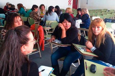 Mujeres reunidas en capacitación
