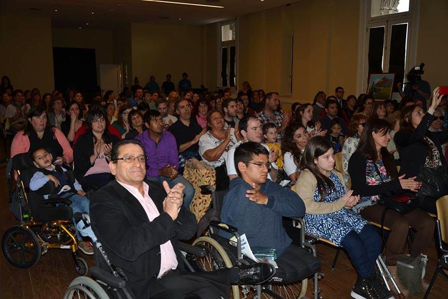 Esta convención fue adoptada por Argentina para garantizar los derechos de las personas con discapacidad.