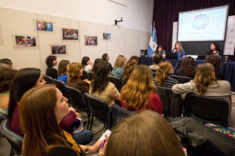 Comenzó un ciclo de conferencias sobre modalidades de la violencia de género.
