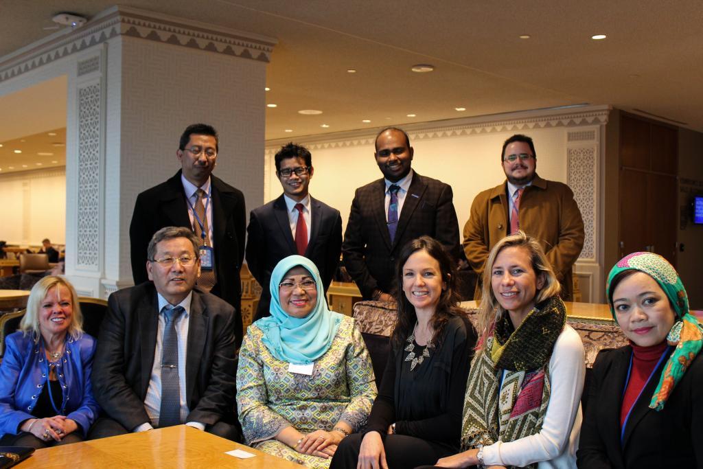 Durante la reunión, ambas funcionarias hablaron de las particularidades sociales de cada país.