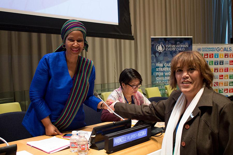 La presidenta del Consejo Nacional de las Mujeres junto a Phumzile Mlambo-Ngcuka, Directora Ejecutiva de ONU Mujeres.