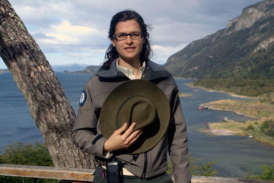 Ana Clara es guardaparques y vive en Tierra del Fuego.