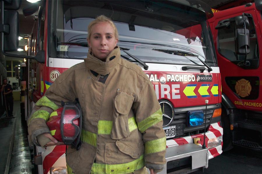 Belén es bombera voluntaria y vive en la provincia de Buenos Aires.
