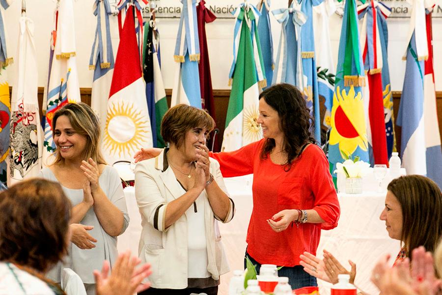 """La presidenta del Consejo Nacional de las Mujeres, Fabiana Tuñez, expresó: """"Venimos trabajando incansablemente junto a Carolina Stanley""""."""
