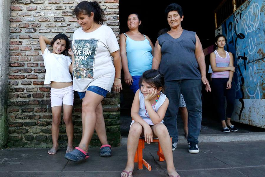 Las familias que permanecen en centros de evacuados están en contacto con los equipos del ministerio.