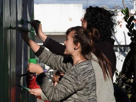 Jóvenes de 9 de julio pintaron su propio Mural Colectivo.